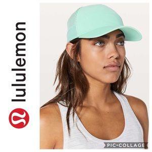 Lululemon Dash & Splash Cap II NWT